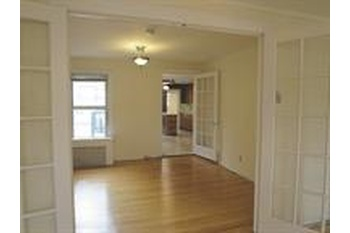 Spacious 1 Bedroom With Den In The Heart Of Downtown Jersey City